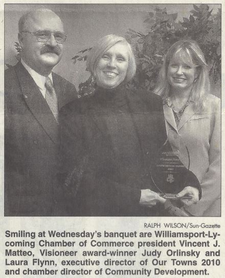 Judy Olinsky Receives Visioneer Award from Our Towns: 2010